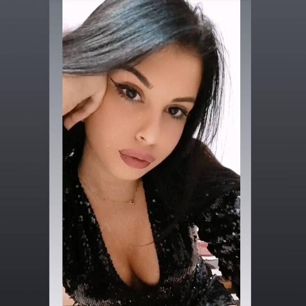 Federica Porcelli Hostess|Fotomodella| BSA Agency di Barone Salvatore Alessandro