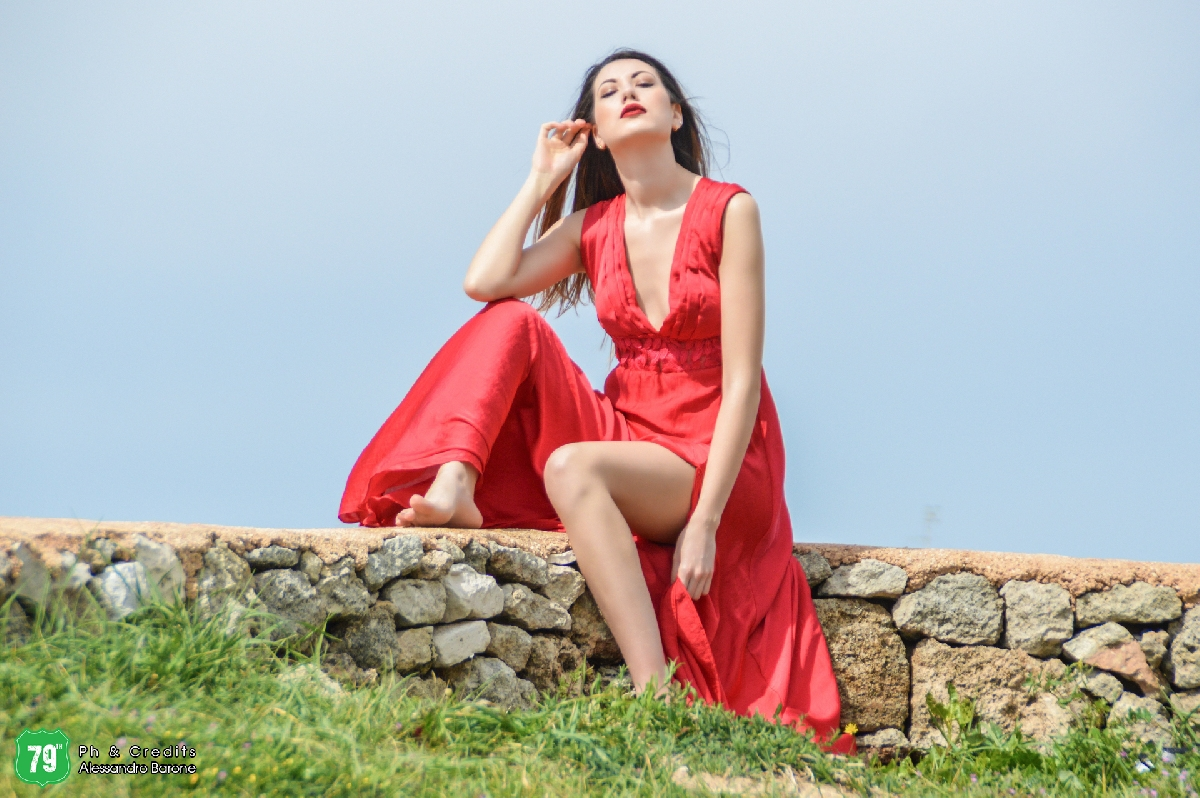 Fashion Shooting - Femme en rouge - Lucia Giordano - Ph Alessandro Barone - Agency 79th
